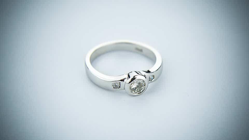 Kiemelkedően esztétikus a fehérarany jegygyűrű