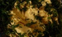 Készítsen zöldfűszeres margarint!