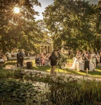 esküvő megszervezése